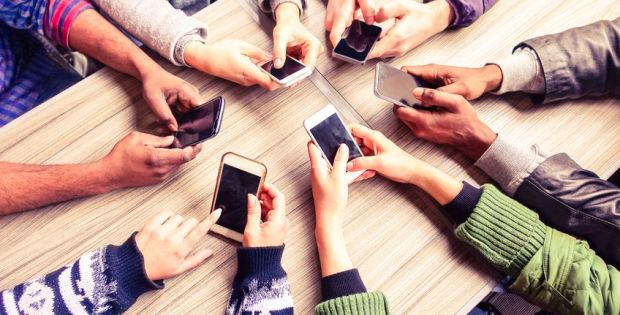 styczniowe-obnizki-o-jakich-modelach-telefonow-warto-pamietac-rtv-euro-agd