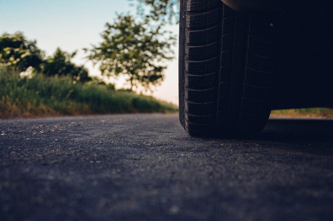road-car-tire